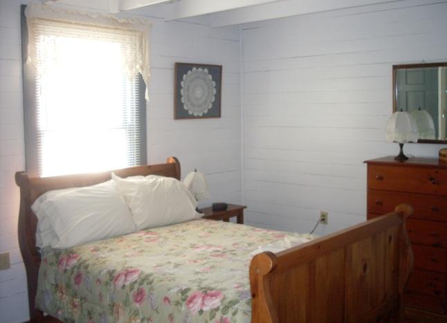bedroom in cabin